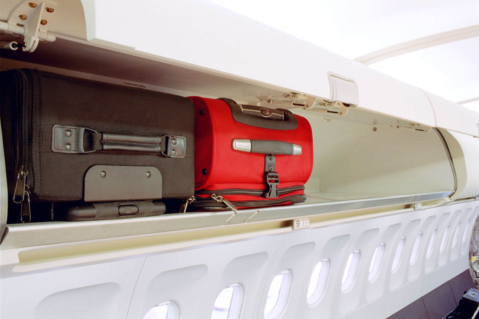 a320-bins-luggage